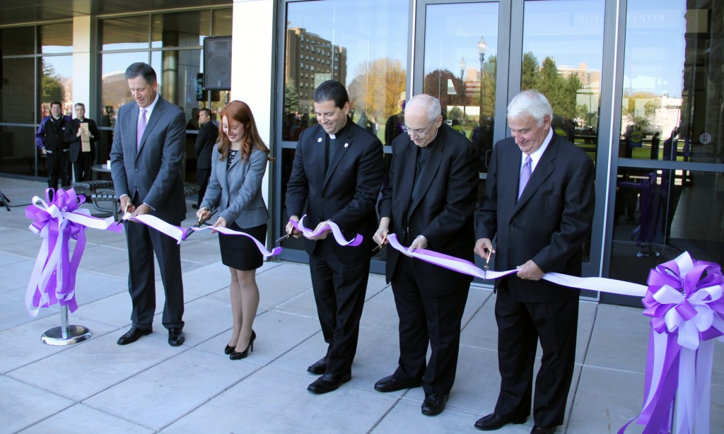 Niagara University Ribbon Cutting